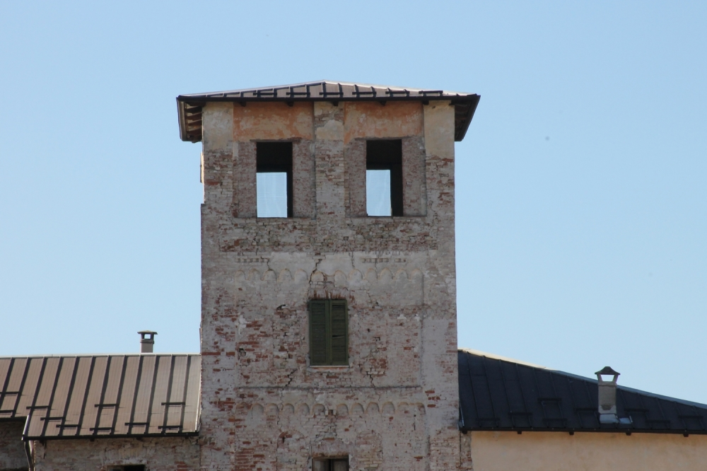 Chiesa di s frontiniano chiesa a arguello monumento for Antica finestra a tre aperture